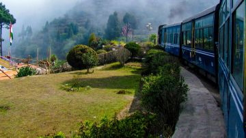 AMAZING DARJEELING TOUR PACKAGE 3 NIGHTS AND 4 DAYS