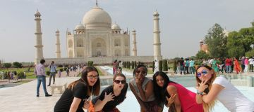 AMAZING AGRA TOUR PACKAGE 1 NIGHT AND 2 DAYS