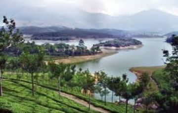 OOTY & MUNNAR TOUR PACKAGE 4 DAYS FOR 4 PERSON