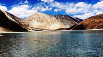 SPLENDOR OF KASHMIR TOUR PACKAGE 2 NIGHTS AND 3 DAYS