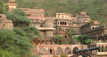 DELHI NEEMRANA WEEKEND TOUR PACKAGE 2 NIGHTS AND 3 DAYS