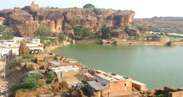HYDERABAD BADAMI WEEKEND TOUR PACKAGE 2 NIGHTS AND 3 DAYS