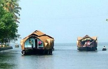 KERALA HONEYMOON TOUR PACKAGE 3 NIGHTS AND 4 DAY