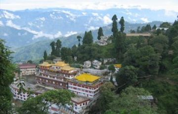 NORTH EAST INDIA HONEYMOON TOUR PACKAGE 3 NIGHTS AND 4 DAYS