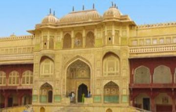 GOLDEN TRIANGLE TOUR PACKAGE 3 NIGHTS AND 4 DAYS