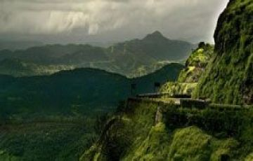 TOP TOURIST ATTRACTIONS IN LONAVALA