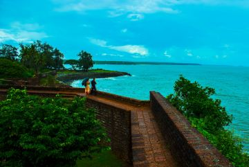 BEST HOMESTAYS AND REOSRTS IN KANNUR