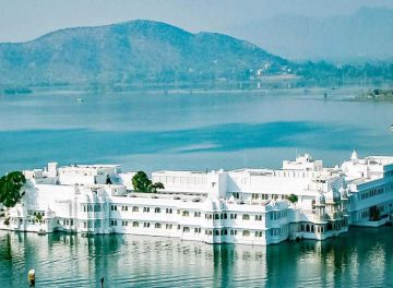 EXPLORE UDAIPUR TOUR PACKAGES TO PLAN YOUR TRIP