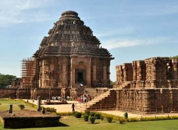PLACES TO VISIT IN EAST INDIA KONARK SUN TEMPLE