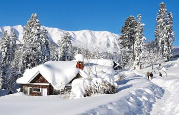 BEST BEAUTIFUL TOURIST PLACES IN GULMARG