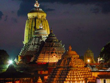 BEST BEAUTIFUL TOURIST PLACES IN PURI