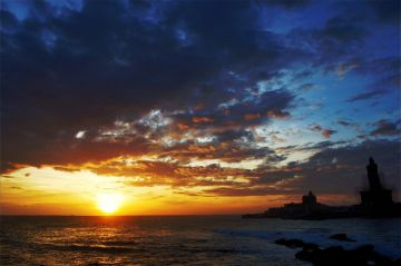 KANYAKUMARI LOVE EACH OTHER BEYOND THE END OF TIME