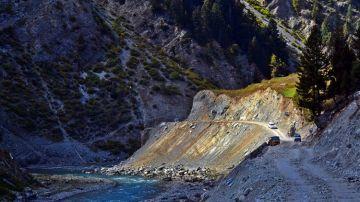 MOST AMAZING ROAD TRIPS SRINAGAR TO LEH ZOJI LA PASS