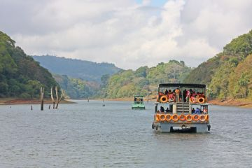 BEST NATIONAL PARKS AND WILDLIFE SANCTUARIES PERIYAR NATIONA