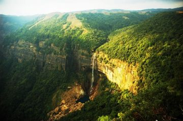 BEST HILL STATIONS TOUR PACKAGE IN CHERRAPUNJEE