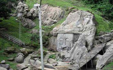 VISIT THE 8TH CENTURY OPEN ART GALLERY OF UNAKOTI