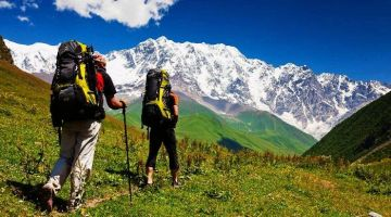 MCLEODGANJ TREK TO TRIUND AND RELAX IN THE REFRESHING AIR OF THE HILLS