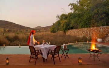 RANTHAMBHORE BEAUTY IN THE WILDERNESS INCREDIBLY ROMANTIC HONEYMOON DESTINATIONS IN INDIA