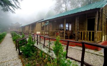 DHANAULTI GO OFF THE BEATEN TRACK