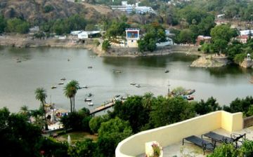 MOUNT ABU THE ONLY HILL STATION OF RAJASTHAN