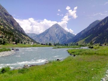 INDULGE IN THE GLORIOUS GUREZ VALLEY TOUR PACKAGE