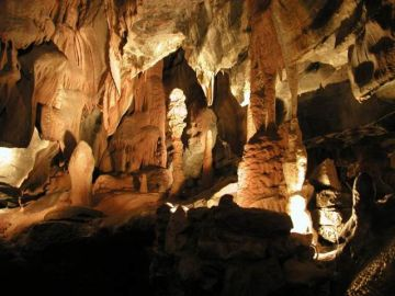 DISCOVERING THE THALON CAVE