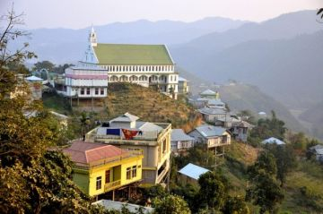 EXPERIENCE THE MESMERIZING CHAMPHAI