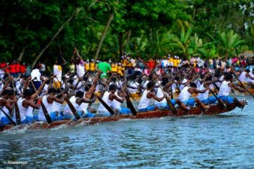SNAKE BOAT RACE IN THE GODS OWN COUNTRY ALAPPUZHA KERALA