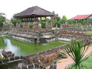 Explore Candidasa Bali