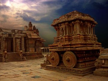 HAMPI ECONOMICALLY CHEAP PLACES TO VISIT IN INDIA