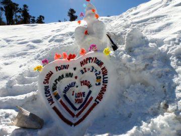 Shimla Honeymoon Volvo Tour Package