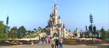 Paris With Disneyland Tour Package
