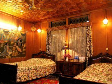 Exotic Kashmir Tour 5N6D