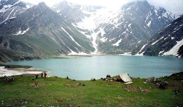 Kashmir Weekend Tour 3N4D