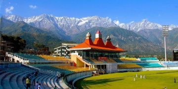 Journey to Manali Dharamshala Dalhousie Amritsar 6N/7D package from Kullu
