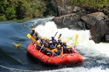 TOP REASONS TO PLAN A HOLIDAY IN DANDELI WATER RAFTING