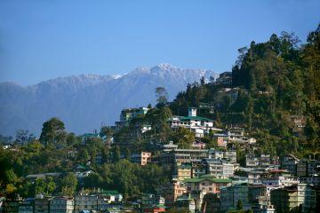 Gangtok Darjeeling city tour With Tiger Hill Budget Tour