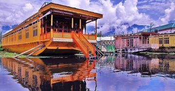 Charismatic Kashmir with Gulmarg 2019