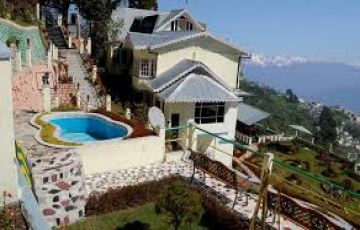 North East Delight With Pelling - Summer Special
