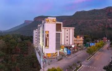 Pilgrimage Tour - Tirupati with Madur... | 5 Nights 6 Days