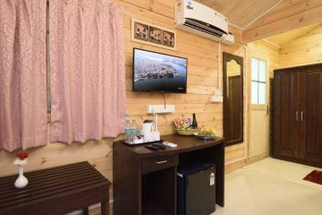 Goa holidays pacakage with see wue Rooms