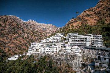 Vaishno Devi 2 Night 3 Days Deluxe Package