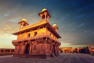 Vrindavan , Mathura , Agara , Goverdhan  Brij Darshan