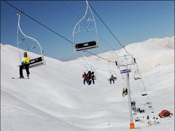 Enjoy with skiing in Iran