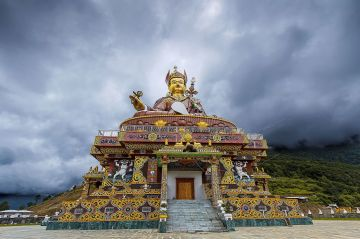 Breathtaking Bhutan Tour packages  7 Nights 8 Days Fly In Fly Out
