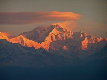 Snow hills beauty of North Sikkim