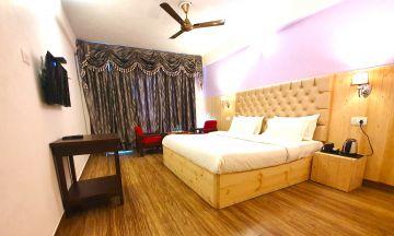 Luxury & Inexpensive Dehradun Mussoorie 4 days Trip @6999 INR | Call 9818705209|TriFete Holidays Pvt. Ltd, Versova Mumbai