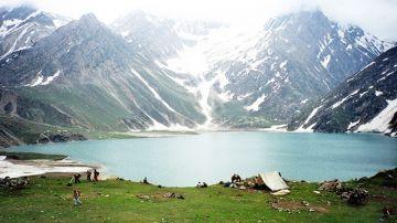 5 Days Beautiful Kashmir Shreenagger Best Tour Package