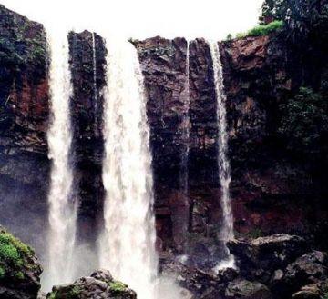 Khajuraho Bhandhavgarh Amarkantak Kanha Jabalpur 9 Night 10 Days Luxury Package