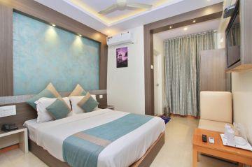 Amazing Weekend Getaway At Lonavala@14999 INR | Call 9818705209|TriFete Holidays Pvt. Ltd, Versova Mumbai